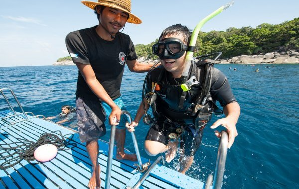 options for scuba diving in phuket for beginners