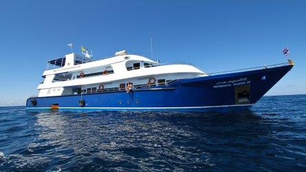Manta Queen 3 Thailand Liveaboard Cruising
