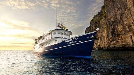 MV Giamani Liveaboard At Koh Phi Phi, Thailand