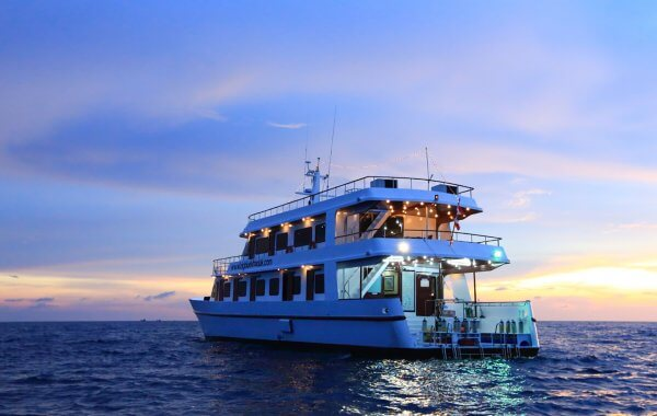 Thailand Liveaboard MV Hallelujah At Sunset