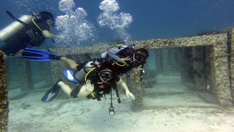 Phuket Discover Scuba Diving Student With Instructor Born