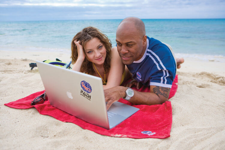 PADI eLearning On The Beach