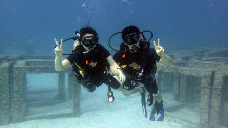 Students Enjoying PADI Open Water Diving referral In Phuket