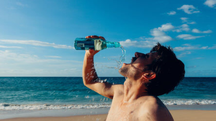 staying hydrated when scuba diving