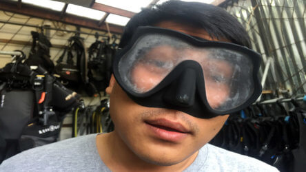 prevent your scuba diving mask from fogging in phuket