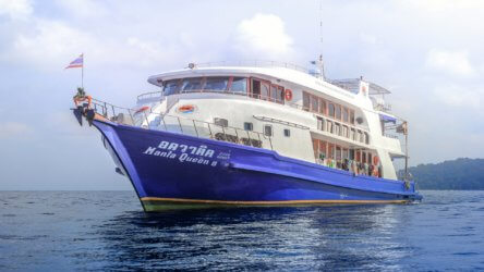 manta queen 8 in south thailand