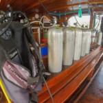 inside mq8 dive deck