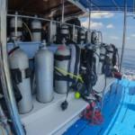 MQ8 dive deck